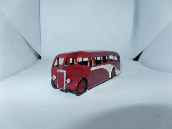 Dinky 29e Single Deck Halfcab Bus Coach Maroon with Cream Flash UB